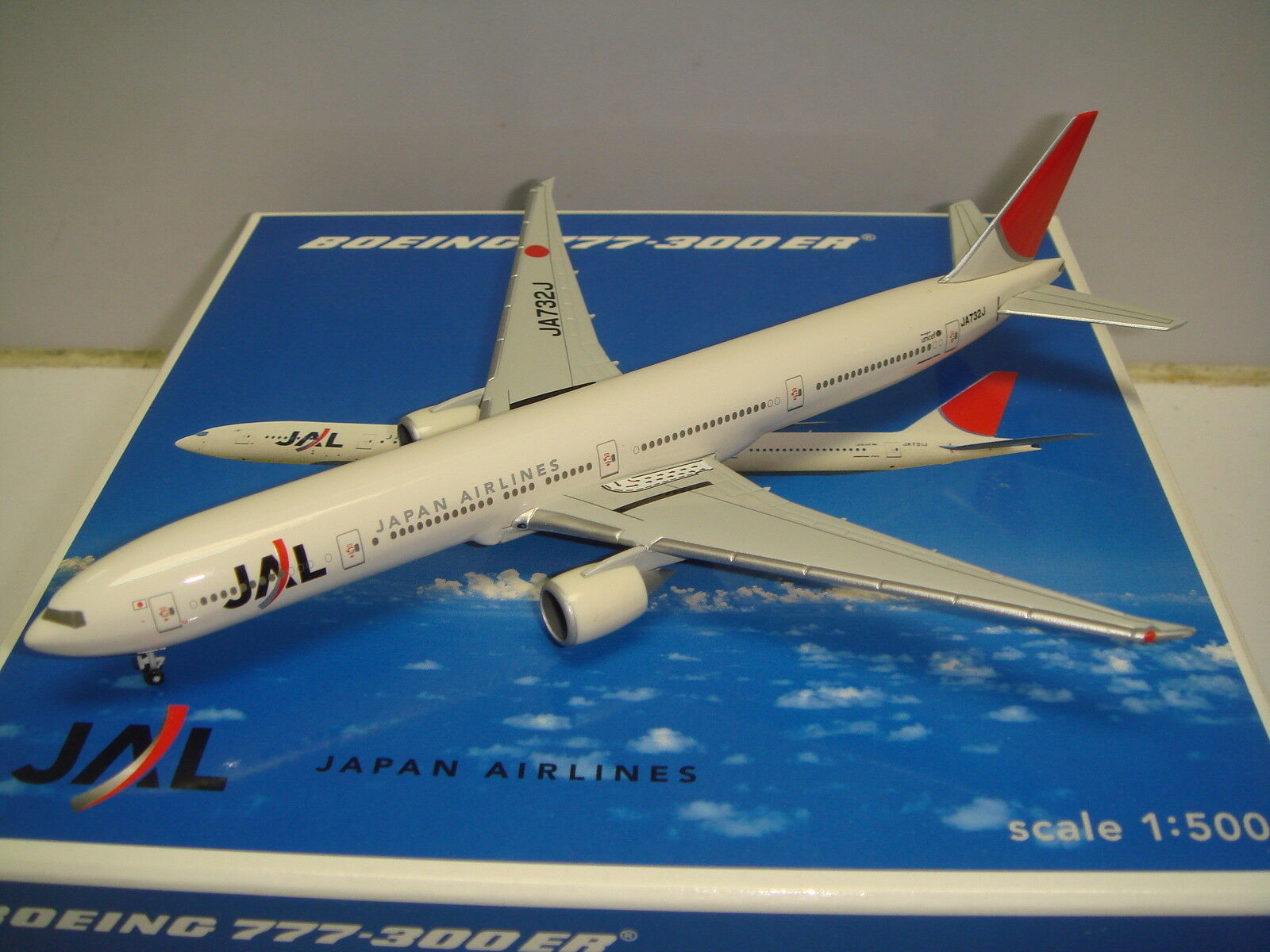 Herpa Wings Japan Airlines JAL B777-300ER  2003s Coloreee  1 500 NG