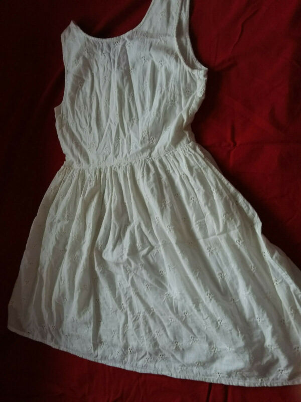 Sinnvoll Weißes Sommerkleid Zu Hohes Ansehen Zu Hause Und Im Ausland GenießEn