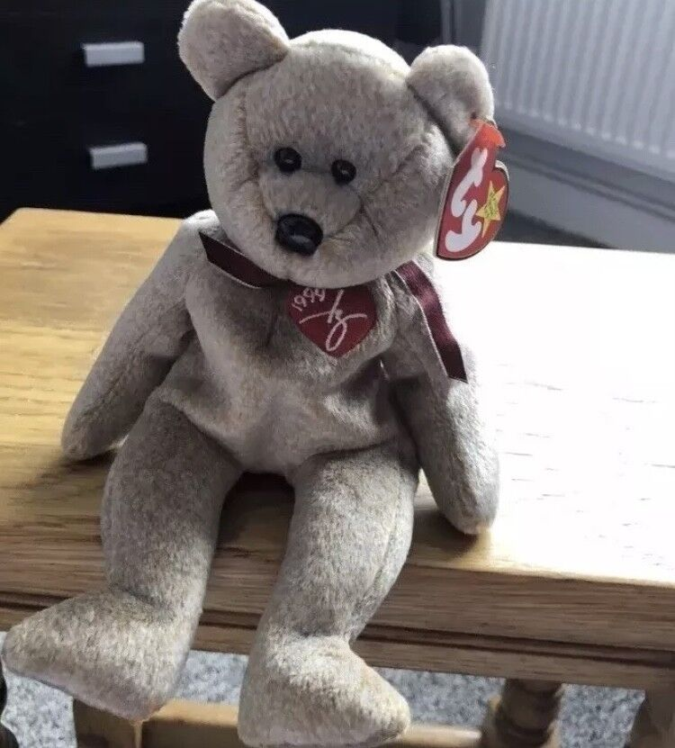 A very Collectable & Rare,Retired 1999 Signature TY Beanie Baby Bear
