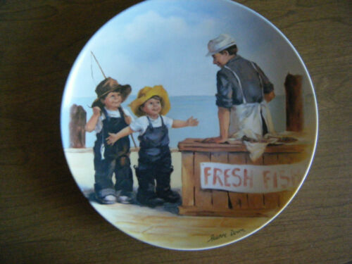 """Fish Story"" 1st issue Friends I Remember Collectors Plate by Jeanne Down"