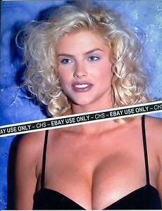 Anna Nicole Smith Boob Shot