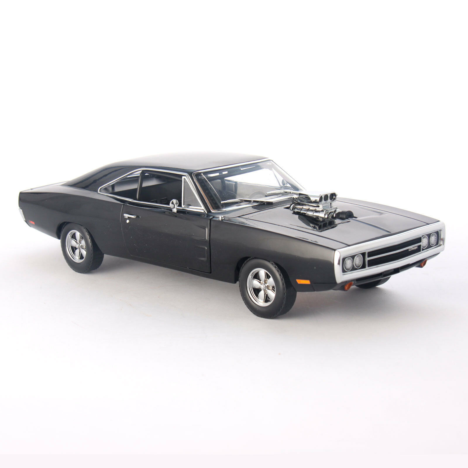 Fast and Furious Dom's 1970 Dodge Charger 1 18 Scale Diecast Car Model Replica