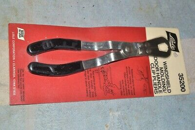 Ekena Millwork COR07X03X08PO-CASE-2 7 3//8 inch W x 3 1//4 inch D x 8 3//4 inch H Pompeii Corbel 2-Pack ,
