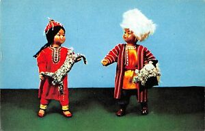 BR57176-gift-dolls-in-turkmen-national-costumes-folklore