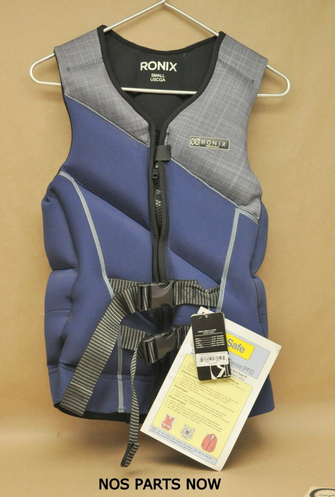 New NWT Ronix Forester Capella 2.0 CGA Wakeboard Vest 2017 bluee Grey Plaid Small