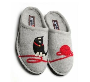 302436e62dbf3 Details about HAFLINGER WOMEN'S KITTY CAT DESIGN INDOOR WOOL SLIPPERS