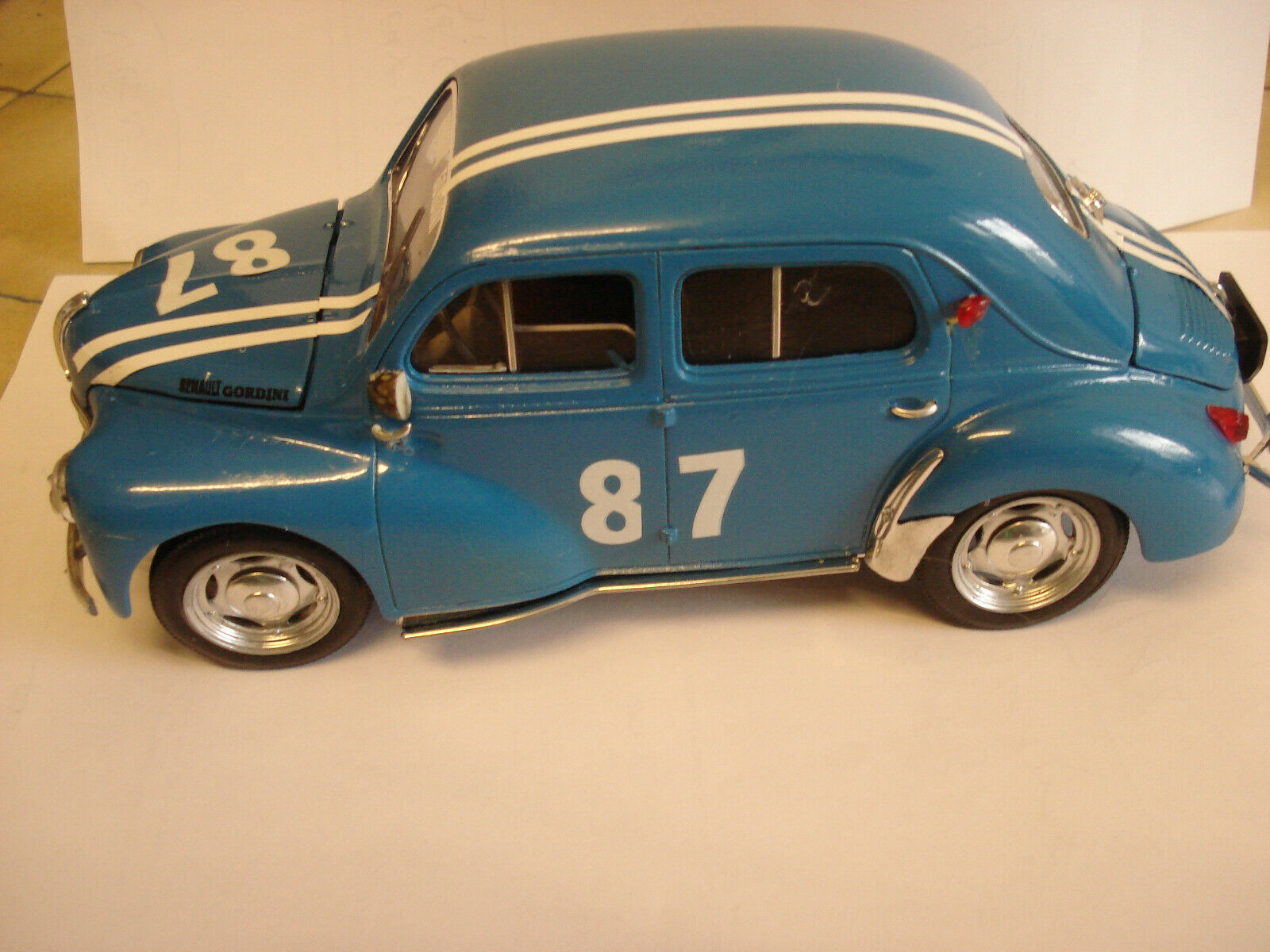 almacén al por mayor Solido   RARE     Renault 4 CV   Gordini       - -  1 17 - -   TBE  en venta en línea