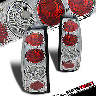 Chevy 99-02 Silverado / GMC 99-03 Sierra 1500/2500 Tail Lights Lamp Chrome Pair