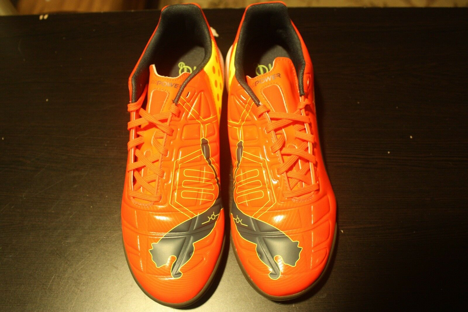 Brand New In Box PUMA evoPOWER 3 IT Indoor Soccer Schuhes