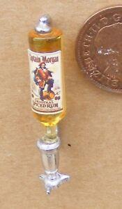 1:12 Scale Captain Morgan Spice Bouteille & Natural étain Optic Tumdee Maison De Poupées-afficher Le Titre D'origine MatéRiau SéLectionné