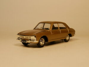 DINKY-TOYS-1-43-PEUGEOT-504-Diecast-model-car
