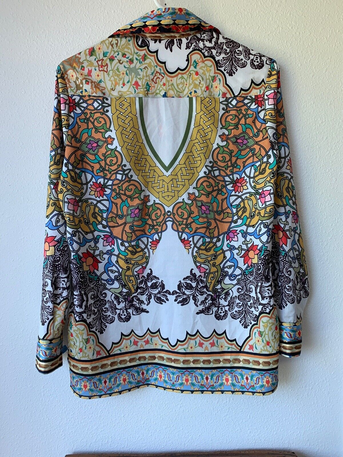 Vipavadee Multi color Shirt Womens Size S Button Front Bohemian Artsy Cotton