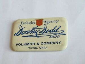 Dorothy-Dodd-Shoe-Volkmor-amp-Co-Tiffin-Ohio-Advertising-Mirror-Vintage-905B