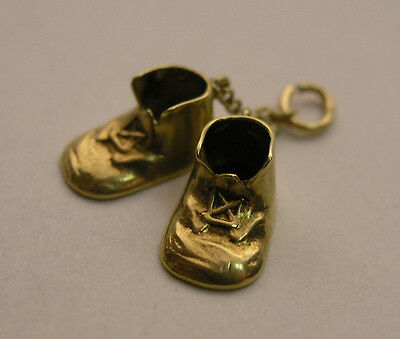 Vintage 14K Yellow Gold Charm - Adorable Pair of Baby Shoes