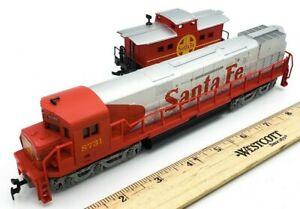HO-Scale-Train-Santa-Fe-DC-Diesel-Powered-Locomotive-8731-amp-Caboose-SERVICED