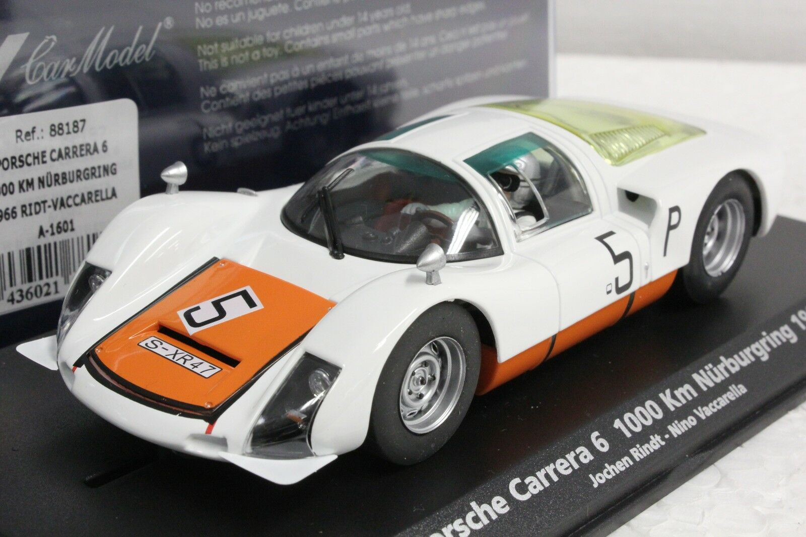 Fly A1601 PORSCHE CARRERA 6 Nurburgring 1966 Nouveau 1 32 slot car en vitrine