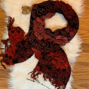 Red-and-Black-Unique-Floral-Scarf