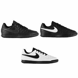 Nike-majestry-Indoor-Court-Football-Baskets-enfant-foot-baskets-chaussures