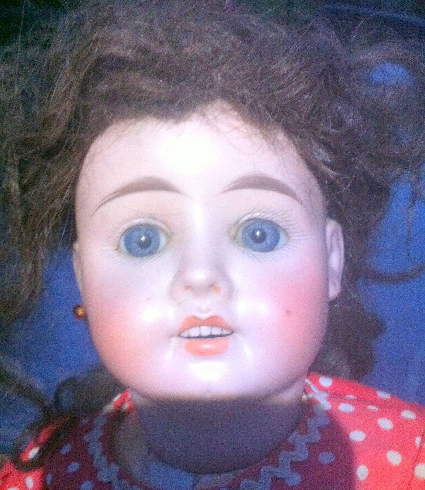 Ancienne poupée tête biscuit de 53 cms évoquant une Fleischmann n°5  lettre T