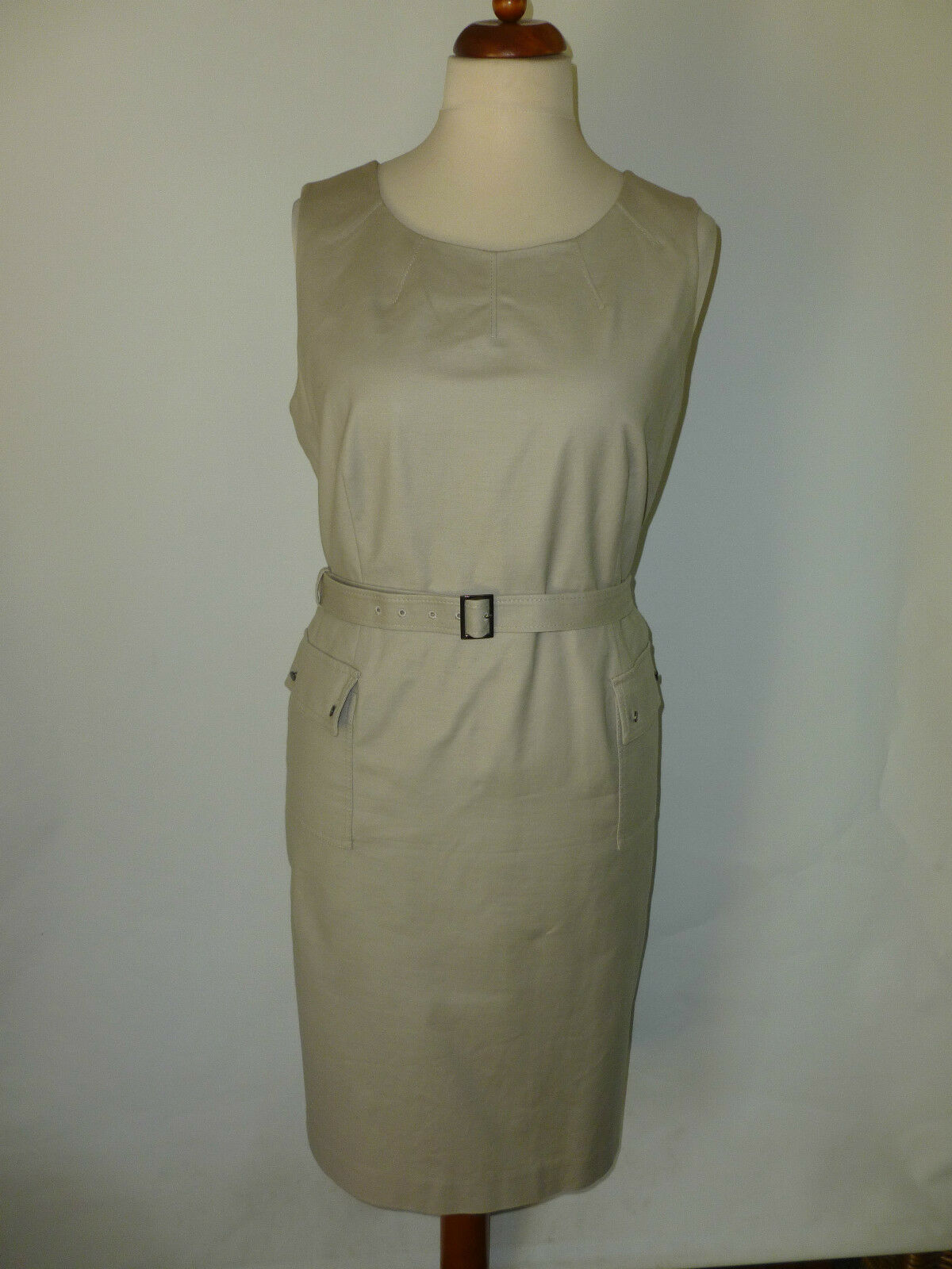 LADIES LINEA  DRESS - SIZE