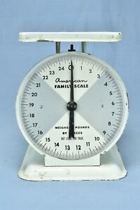 Antique-AMERICAN-FAMILY-SCALE-WEIGHS-to-25-LBS-OLD-FARM-HOUSE-KITCHEN-WHITE-8019