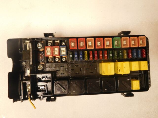2000 land rover discovery fuse box assembly yqe 103760