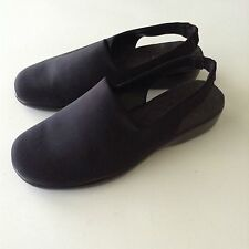 Walking Cradles Womens Black Wedges Sling Back Mules Shoes Size 8WW Brazil