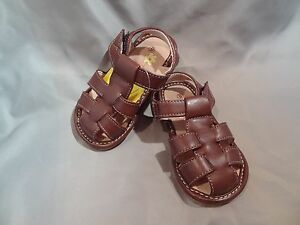 Boys Toddler Squeak Me Shoes Brown Leather Sandals Size 5