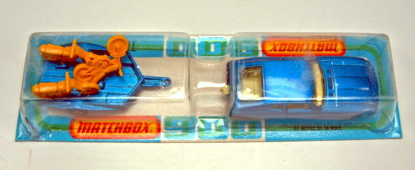 Matchbox rares Französisches Two-Pack Datsun & Motorcycle Trailer in blue