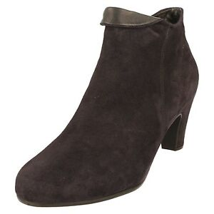 425b48ad9c0 Details about Ladies Gabor Ankle Boots 35.670.16 Navy Suede Mid Heel Zip  Fastening