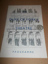 """THE DUKE OF YORK'S THEATRE """" THE BIG KNIFE """" RARE PROGRAMME 1954 EXCELLENT"""