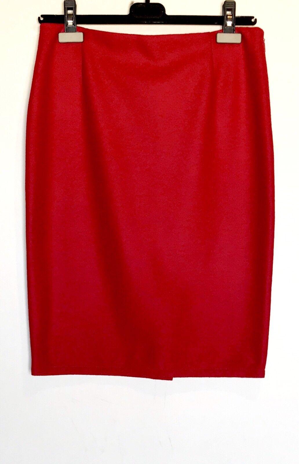 Carolina Herrera Red Soft 100% Wool  Skirt NWT Retail  385 Price  158 Sz 10