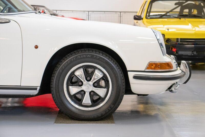 Porsche 911E Coupé - 6