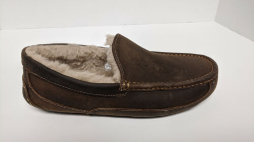 UGG Ascot Slippers, Tan Leather, Men's 8 M