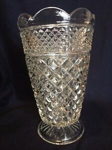 Wexford-Heavy-Large-Lead-Crystal-Glass-Footed-10-1-2-034-Vase-By-Anchor-Hocking