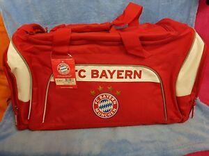 NEU-FC-Bayern-Muenchen-Sporttasche-Tasche-Fussballartikel-Fanartikel