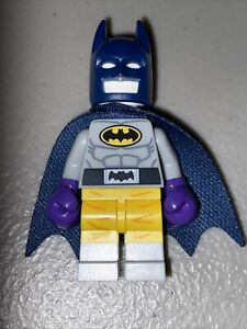 New Genuine LEGO Batman Minifig in Raging Batsuit DC Super Heroes 70909