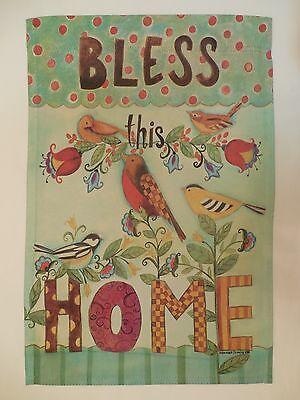 """bless This Home"" Artistic Collage Of Birds For Spring & Summer Garden Flag Verlichten Van Warmte En Zonnesteek"