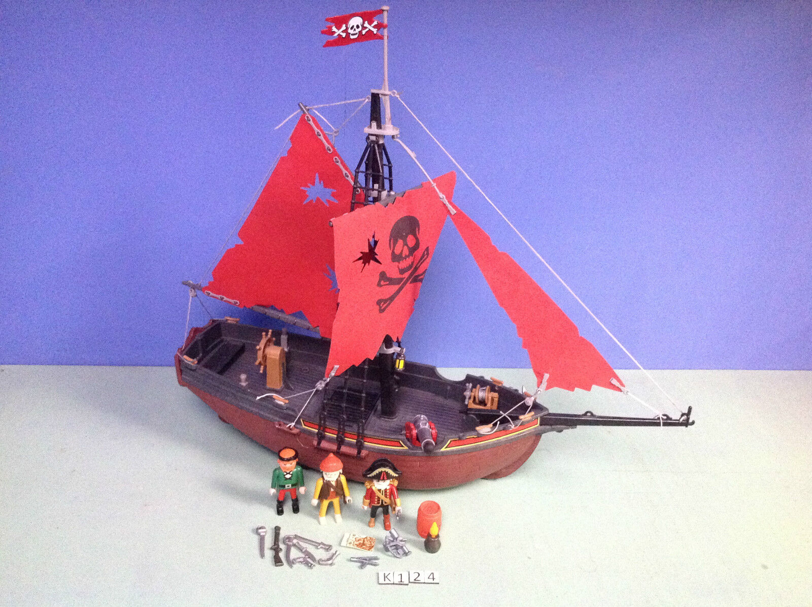 K124  Playmobil bateau pirates ref 3174