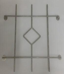 Keller fenster einbruchschutz gitter aus edelstahl v2a for Kellerfenster einbruchschutz