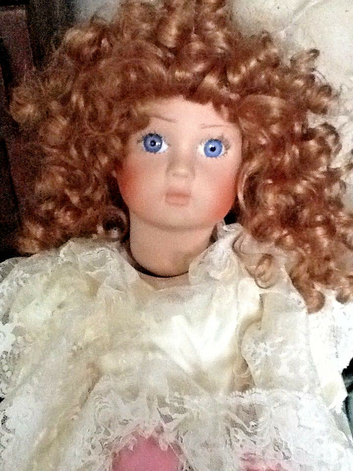 Beautiful Bru Jne Jointed Byron Molds 27  Porcelain Doll w Global Dolls wig 1981