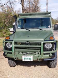 1Mercedes g wagon military wolf 461 restored 1997
