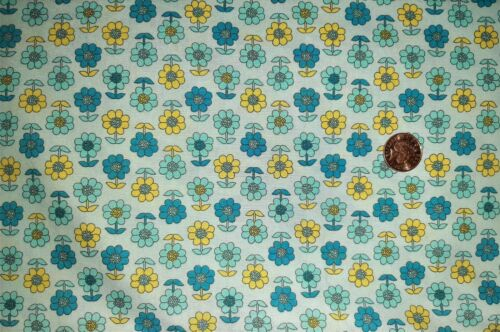 COTTON POPLIN TURQUOISE DAISY FABRIC 100/% COTTON MATERIAL CRAFTS
