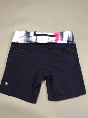 Lululemon Biker Shorts Size 4 Blue Pockets Zip