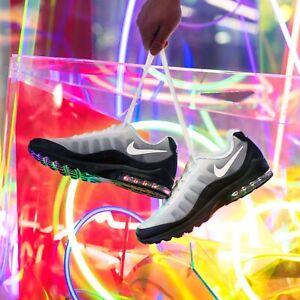 Nike Air Max Invigor Sneaker BlackWhiteGrey