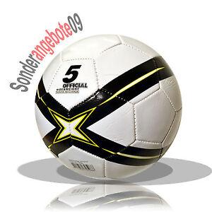 fussball aufgepumpt gr e 5 freizeitball wei schwarz gelb. Black Bedroom Furniture Sets. Home Design Ideas