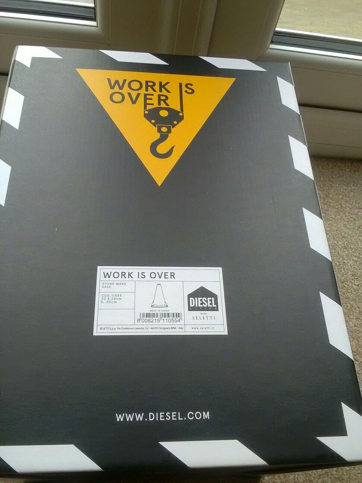 Diesel viviendo con SELETTI trabajo es más Cono Florero, Nuevo Y En Caja. H 30cm, 20x 20cm Buen