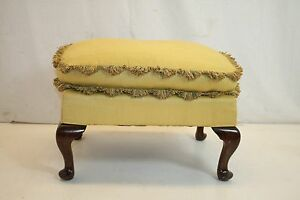 Queen-Ann-Ottoman-Foot-Stool-Foot-Rest-Ready-to-Use-Circa-1920s-039
