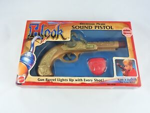 HOOK-Electronic-Pirate-Sound-Pistol-1991-Mattel-movie-roleplay-toy-gun-Peter-Pan