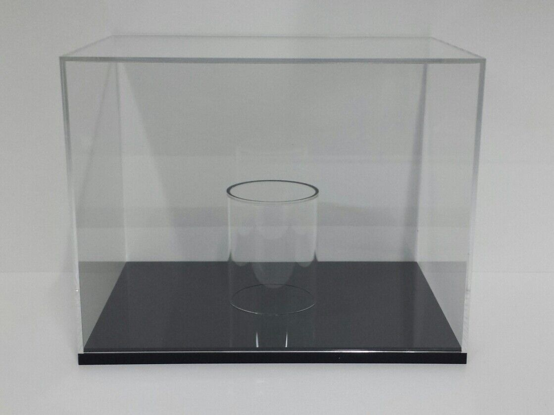 Showcase Course Display Cases in Plexiglass for Models Helmets F1 Helmet 1 2 New